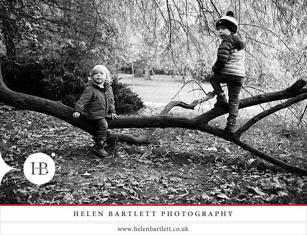 blogImageholland-park-london-family-photography-14
