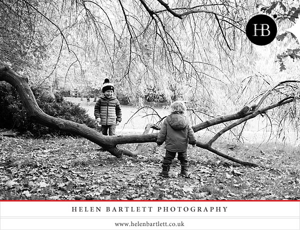 blogImageholland-park-london-family-photography-16