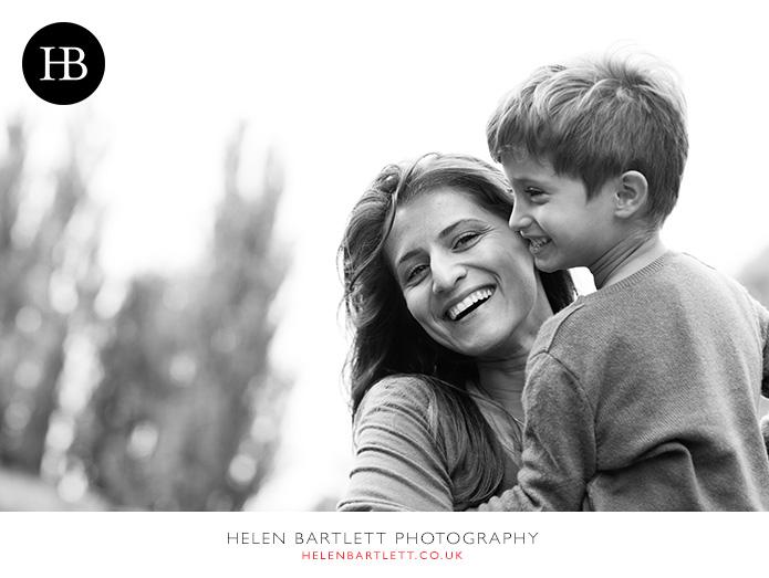 blogImageholland-park-w11-kensington-children-family-photographs-22