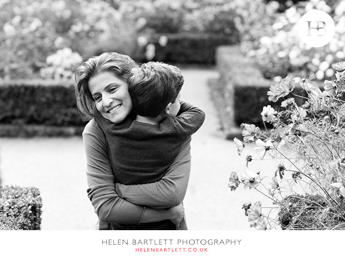 blogImageholland-park-w11-kensington-children-family-photographs-23