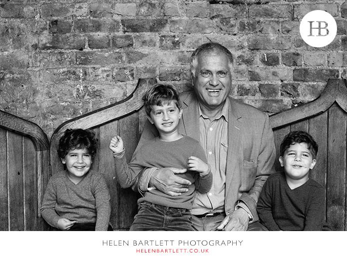 blogImageholland-park-w11-kensington-children-family-photographs-25