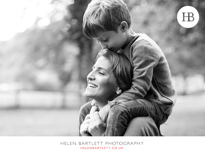 blogImageholland-park-w11-kensington-children-family-photographs-30