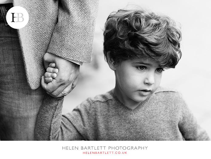 blogImagekensington-holland-park-w11-family-photography-1