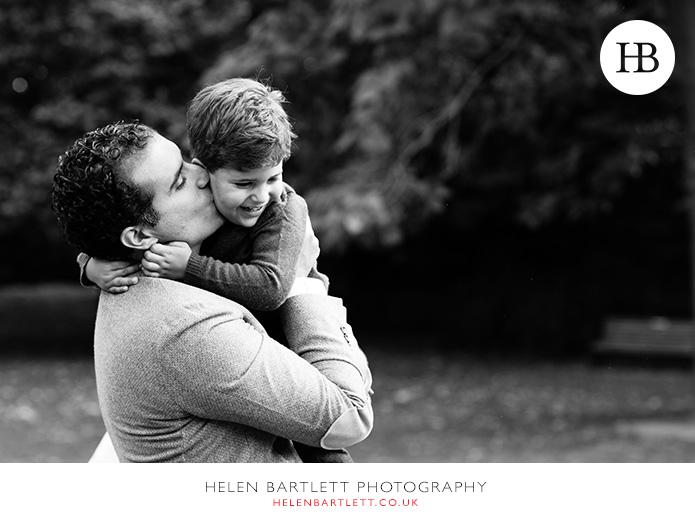 blogImagekensington-holland-park-w11-family-photography-10