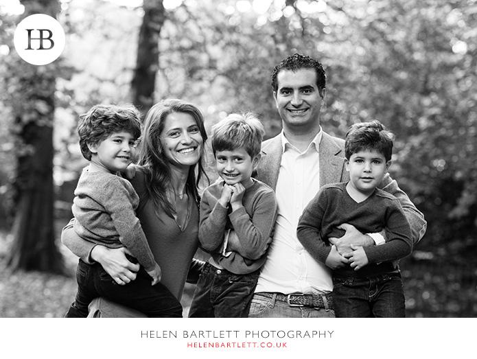 blogImagekensington-holland-park-w11-family-photography-2