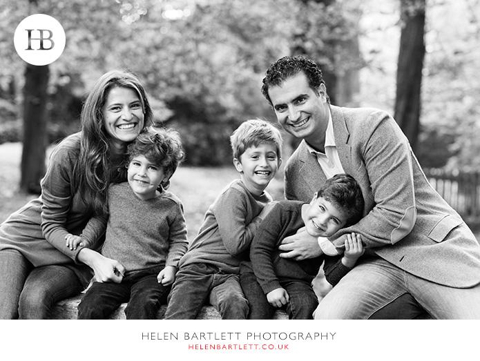 blogImagekensington-holland-park-w11-family-photography-4