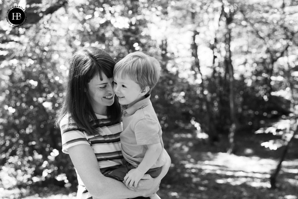 mum-and-son-using-Canon-rf-28-70mm