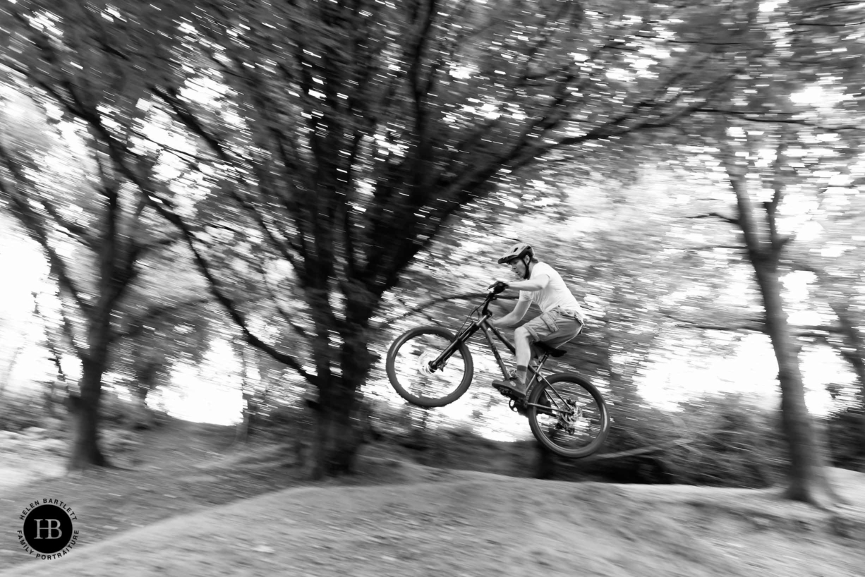panning-shot-with-canon-r3-bike